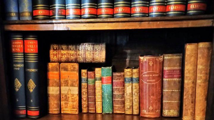Historische collectieKasteel Keukenhof: de bibliotheek